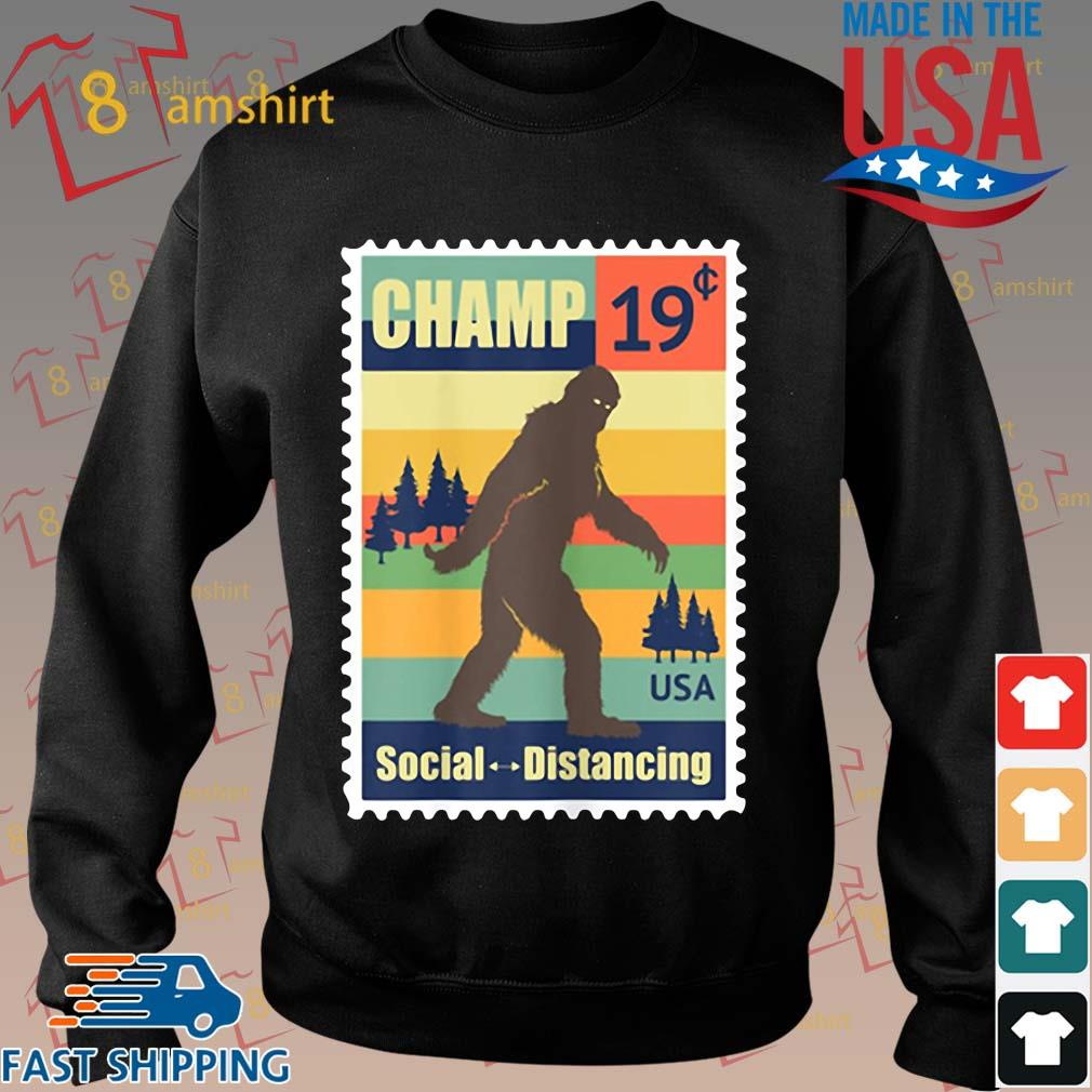 _Social Distancing Champ Bigfoot Stamp 2020 Vintage Shirt Sweater den