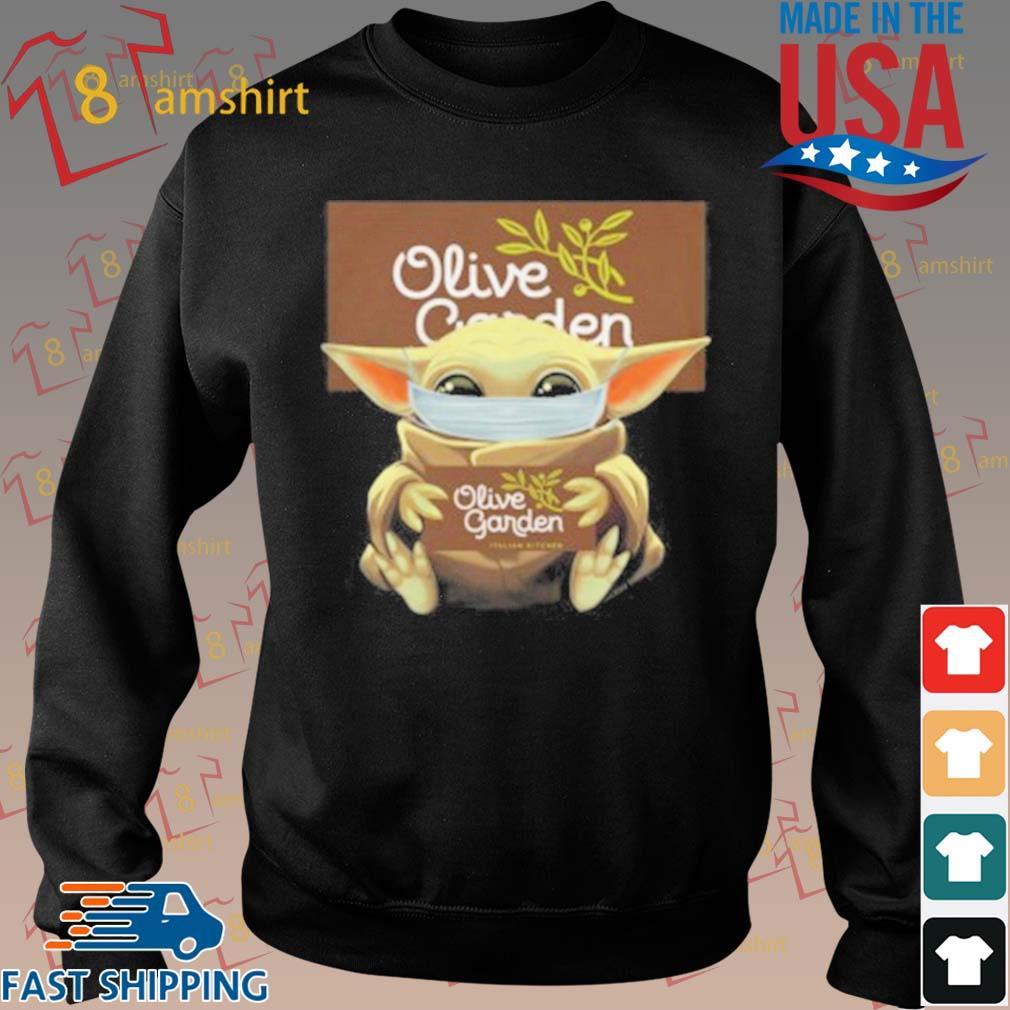 Baby Yoda Mask Hug Olive Garden T-Shirt Sweater den