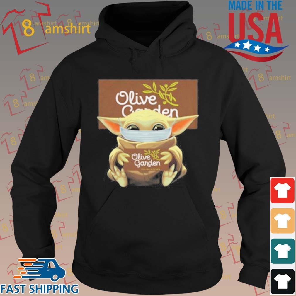 Baby Yoda Mask Hug Olive Garden T-Shirt hoodie den