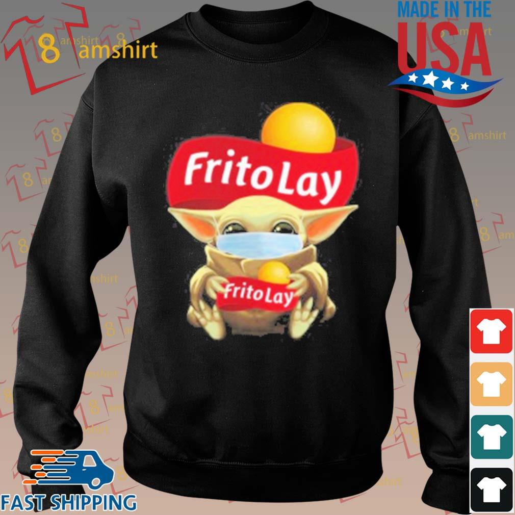 Baby Yoda Face Mask Hug Frito Lay T-Shirt Sweater den