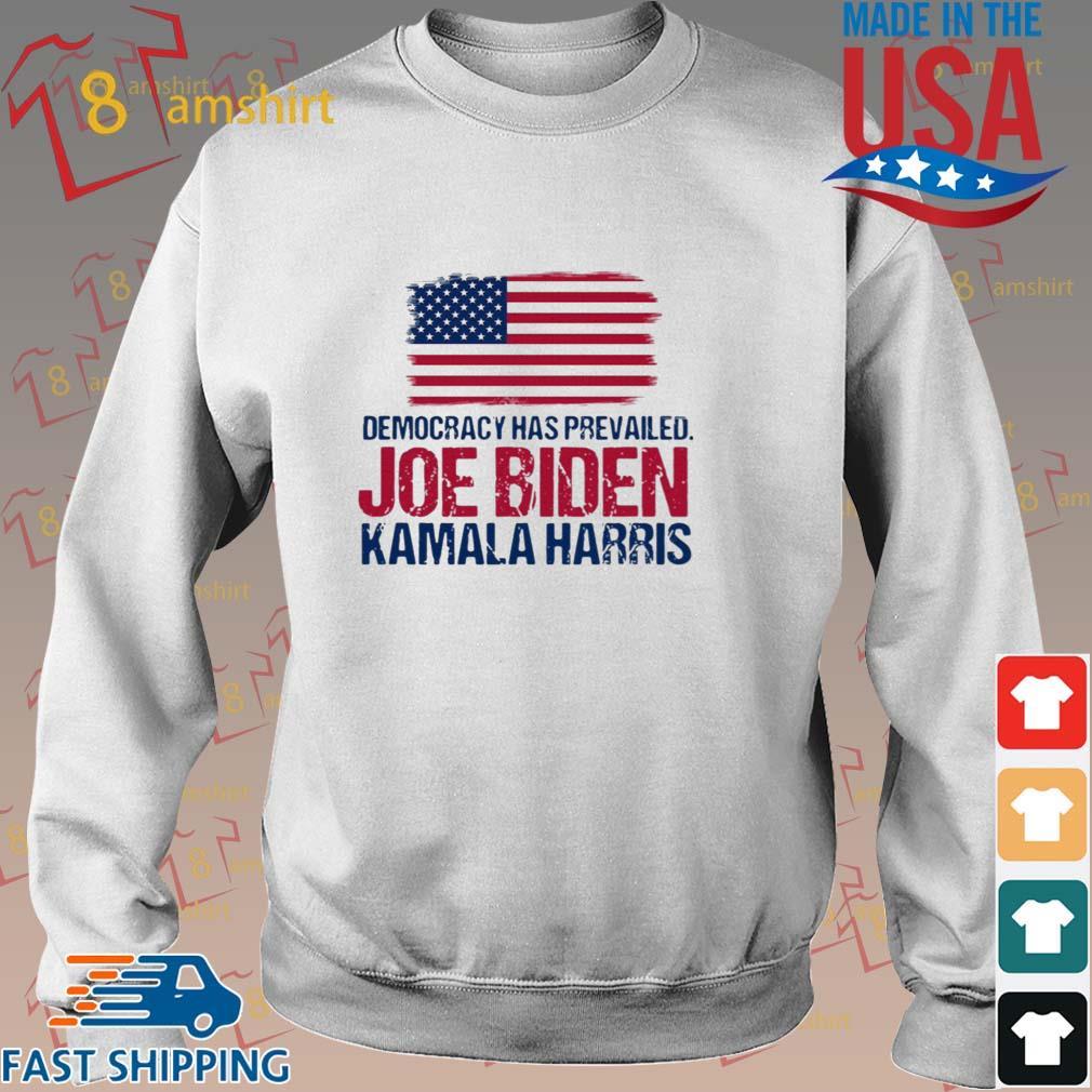 Democracy has prevailed Joe Biden Kamala harris hirt Sweater trang